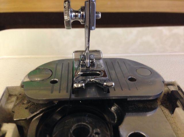 Fotografía - Cómo configurar una máquina de coser
