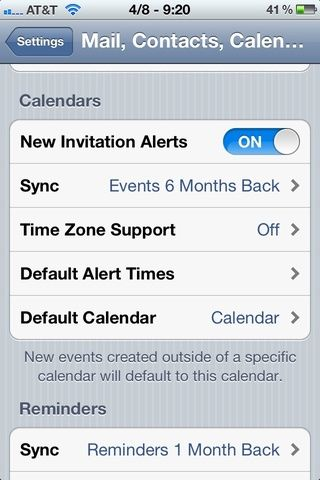 Toque la flecha hacia atrás para volver a la página principal de configuración. Vaya a la sub-encabezamiento Calendarios. Toque en la línea Default Calendar. Si no't see it, you're all finished!