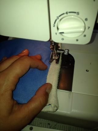 Cosa en su lugar. yo'm a novice at sewing and using my machine - I never set the tension right. I'm still learning. 😊