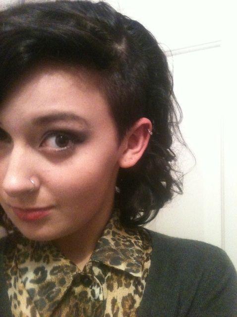 Fotografía - Cómo Afeitarse La mitad de su cabeza (o recortar su Undercut)