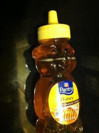 Media cucharadita de miel a ellos