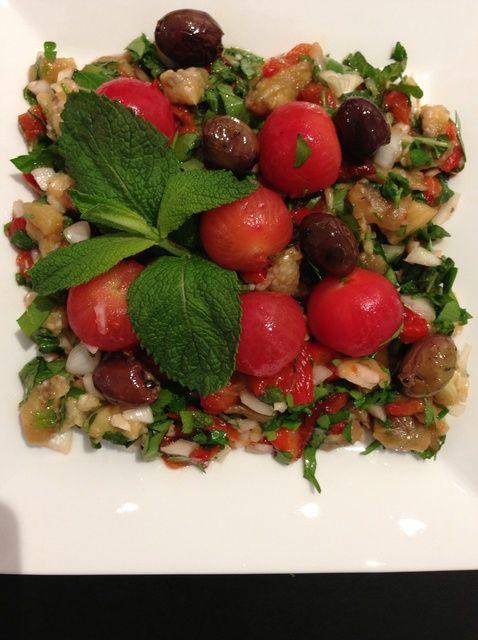 Fotografía - Cómo ahumado berenjena ensalada .. Cocina Mediterránea