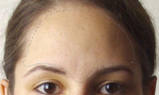 A continuación vamos a deshacerse de los poros adicionales y suavizar la piel !! Así que seleccione una zona con la herramienta Lazo que desea suavizar. Al igual que anteriormente