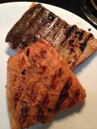 Mis filetes tenían piel y era fresco y lleno de sabor. Disfrute de este con su elección de pescado.