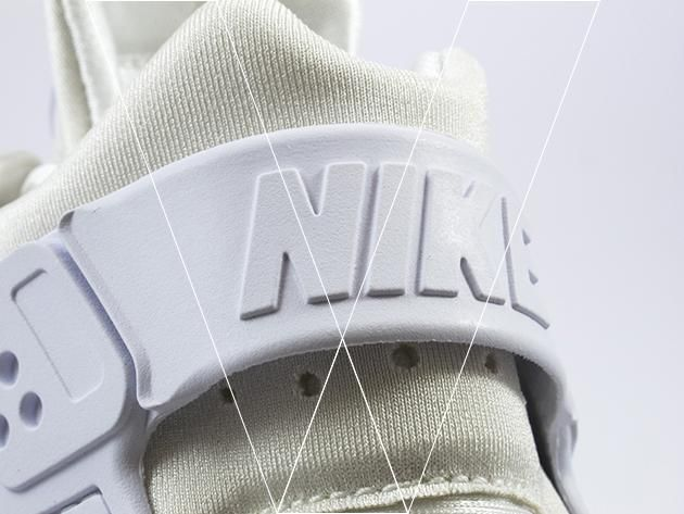2. Nike Air Huarache Run's have a Thermoplastic Heel cage which provides ultra comfort, look for the embossed Nike logo on the heel strap.