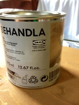 esta es la mancha / esmalte que compré de Ikea.