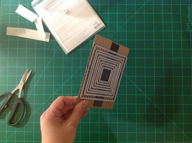 Adjunte sus matrices a su nueva hoja de almacenamiento magnético.