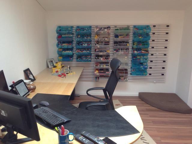 Una distinción clara de oficina y espacio de LEGO
