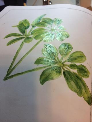 Pinté una capa de escarcha Borrar Abrigos sobre las todas las zonas verdes y el exterior del bastidor en la página.