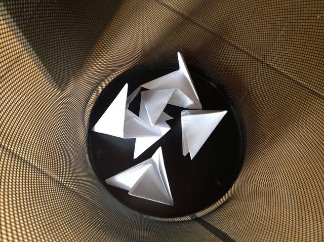 Fotografía - Cómo Elegantemente papeleo basura en la Papelera Bin de Office