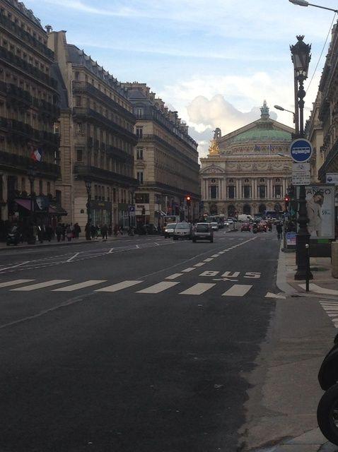 Cómo sobrevivir en París - Volumen I