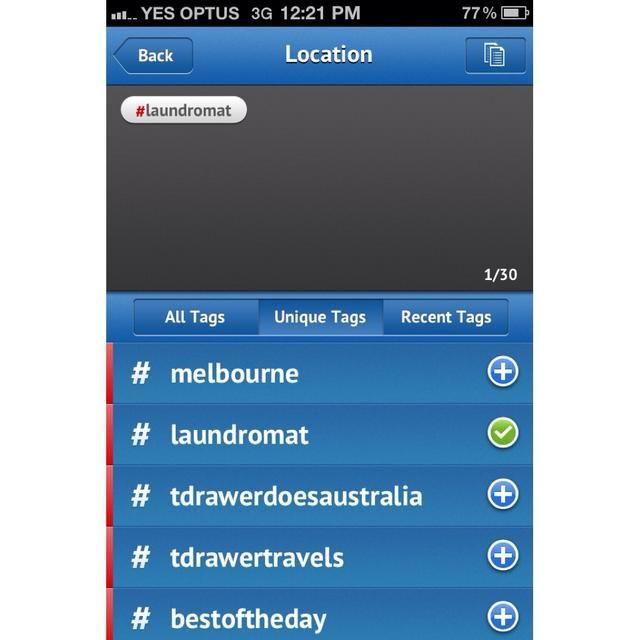 Al pulsar cada hashtag lo añade a la lista anterior. Al pulsar de nuevo la elimina. Aquí yo've added my first tag #laundromat.