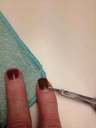 Tome y meter tijera bajo esmalte debe levantar la derecha de si se moje un poco más