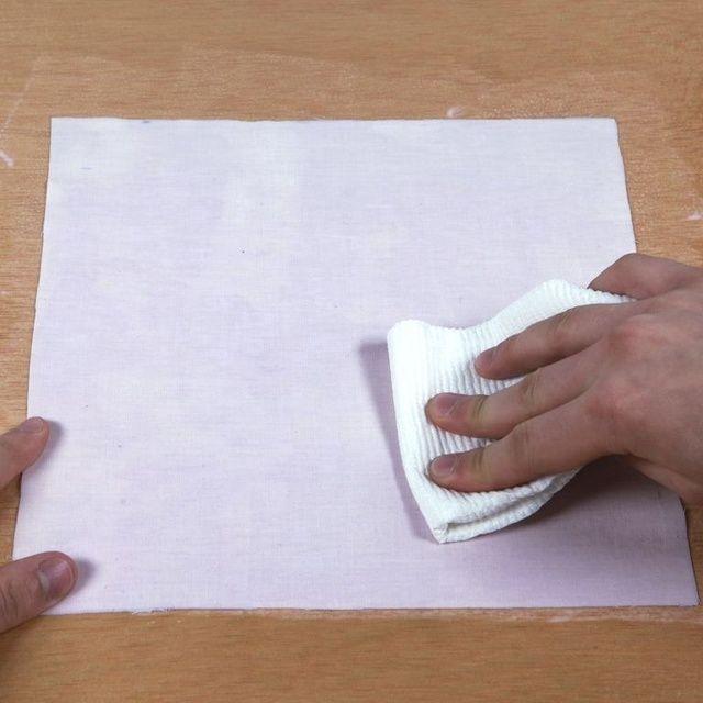 Solucionar el problema: Menos es más! Anulando el material con una toalla de papel antes de la exposición reducirá en gran medida el riesgo de marcas de condensación. El material debe ser totalmente recubierto y húmedo, pero no empapado.