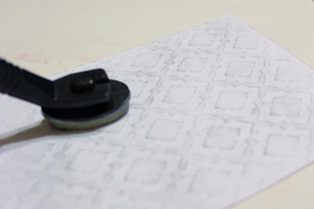 la ligera tinta en relieve cartulina utilizando estaño Inx aplica utilizando Stylus y Consejos ...