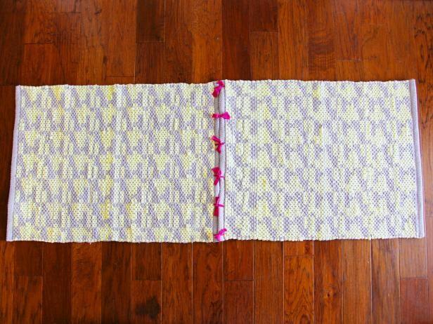 Fotografía - Cómo activar tapetes de bajo costo en una alfombra de corredor