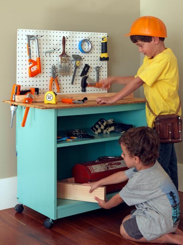 Fotografía - Cómo convertir muebles viejos en la mesa de trabajo de juguete para niños