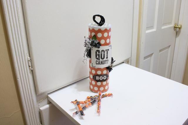Llené la mía con caramelo para un gran regalo- para un profesor! Hay un montón de posibilidades
