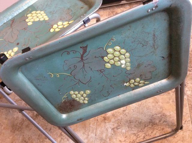 Primero les fregué abajo muy bien con jabón, agua y una almohadilla adhesiva.