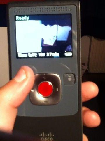 El botón de reproducción le traerá a todos sus vídeos utilizan las flechas para navegar