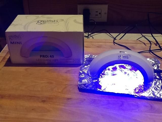 Esto demuestra el watt 2 cada una de tres luces LED, tengo papel de aluminio debajo de la limpieza y más reflexión.