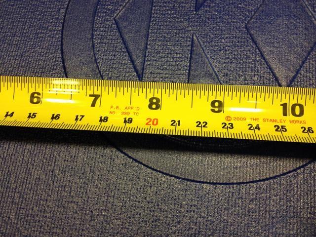 Este cintas métricas en pulgadas y centímetros.