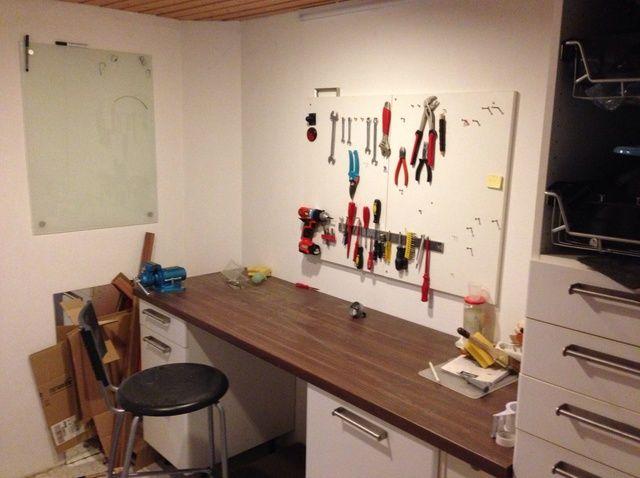 Cómo utilizar una vieja cocina construir un sótano-Taller
