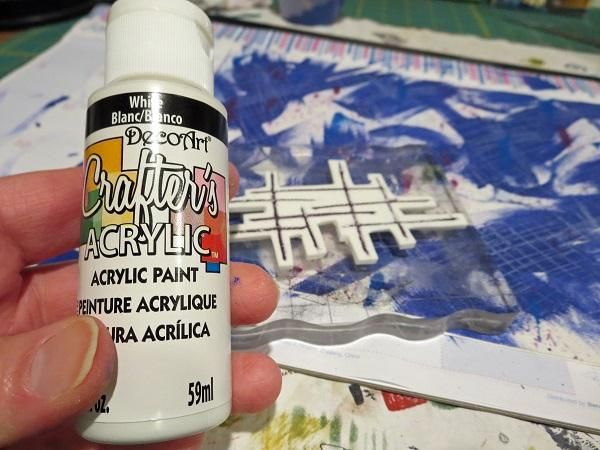 Utilicé pintura blanca en mi sello hecho a mano.
