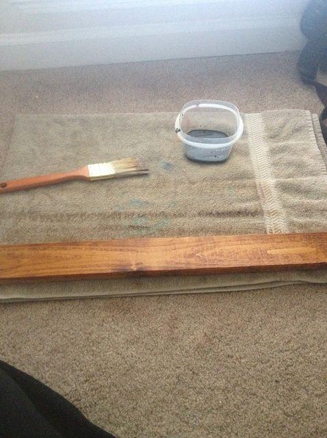 Cómo utilizar la salsa de soja como una mancha de madera