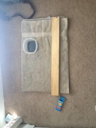 Asegúrese de que la pieza de madera es limpio, limpie antes de empezar a las manchas.