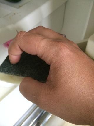 También es ideal para la limpieza de su refrigerador