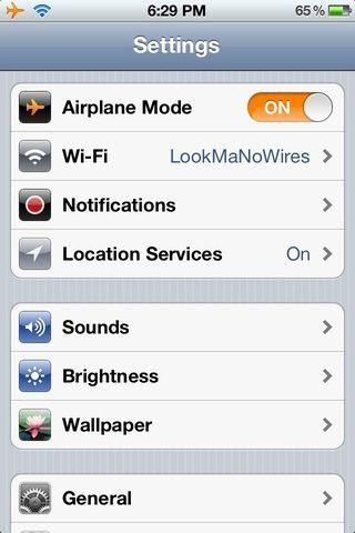 ¡Eso es! Modo avión está activado, los datos celular está apagado y wifi está encendida.