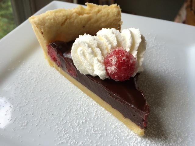 ¿Quieres más recetas espectaculares de chocolate, visitarme en mi página web http://bit.ly/framboiseganachetart