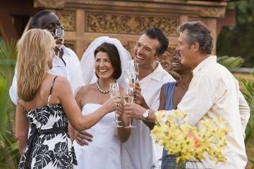Fotografía - Es de mala educación ir a la recepción si usted no fue a la boda?