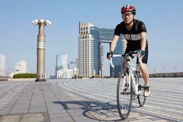 Fotografía - ¿Es más seguro para andar en bicicleta en la acera?