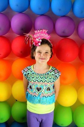 DIY fiesta de cumpleaños del arco iris Photo Booth