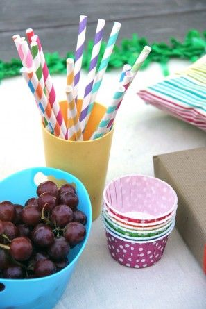 Tabla DIY del arco iris la fiesta de cumpleaños de Alimentos