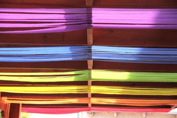 DIY fiesta de cumpleaños del arco iris de techo