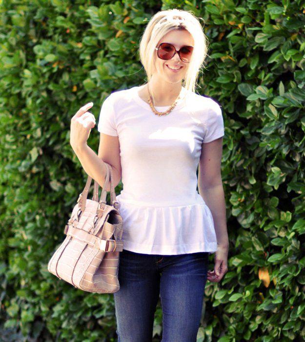 DIY linda blusa para las mujeres | artesaniasdebricolaje.ru/diy-clothes-sewing-blouses-tutorial/