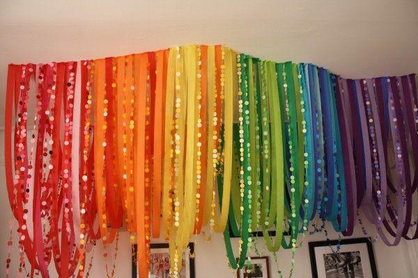 Rainbow Serpentinas