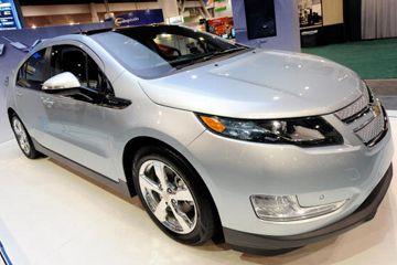 Se muestra un plug-in Chevrolet Volt vehículo híbrido eléctrico en el 2010 International Consumer Electronics Show en el Centro de Convenciones de Las Vegas en Las Vegas, Nevada.