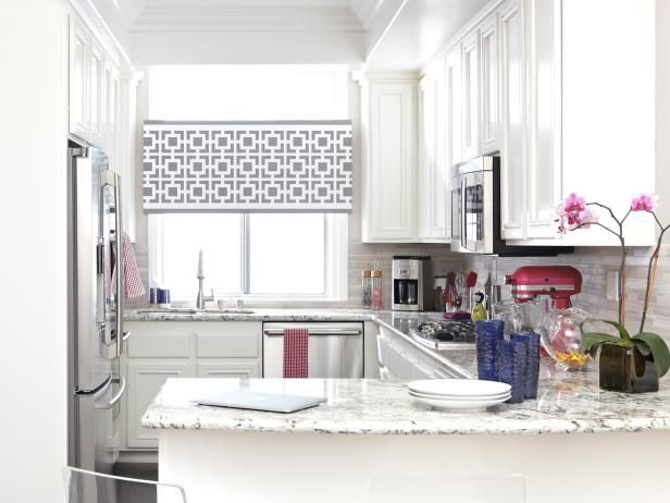 Fotografía - Proporcionar intimidad y estilo con un tratamiento de la ventana estarcido