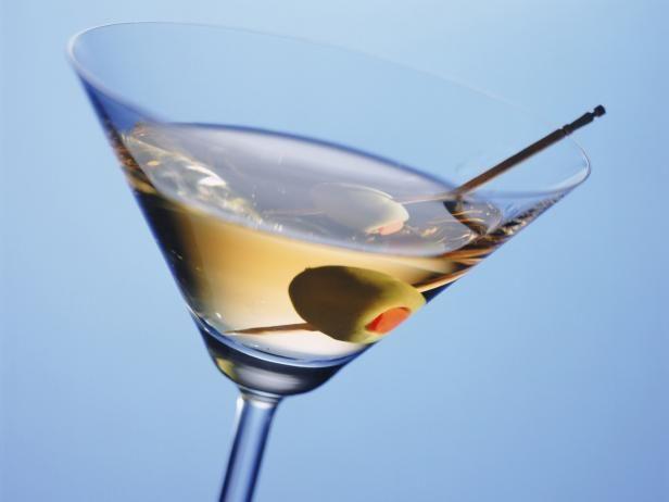 Vidrio de Martini con oliva y Pick
