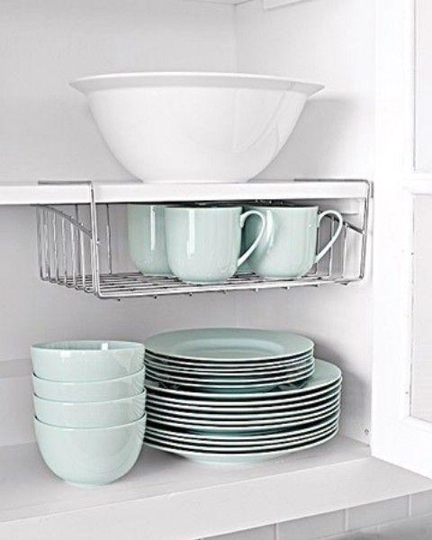 Utilice Undershelves Para aprovechar el espacio vertical - Top 58 ideas más creativas Home-Organización y Proyectos de bricolaje