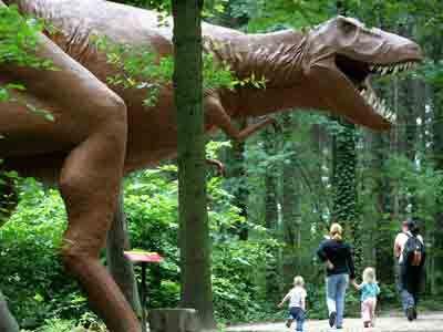 modelo tiranosaurio