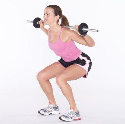 El levantamiento de pesas puede ayudar a las mujeres a construir un cuerpo tonificado.
