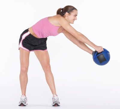 círculo y peso curva ejercicio de levantamiento