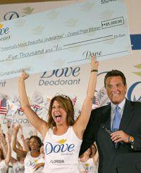 Nikki Bohannon en Dove Desodorante's Most Beautiful Underarms contest