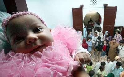 Fotografía - ¿Por qué las niñas visten de color rosa y chicos llevan azul?