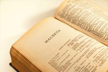 libro abierto para Shakespeare's Macbeth